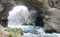 canyon_caves_03.jpg