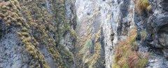 canyon_caves_05.jpg