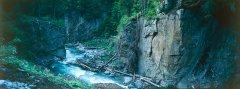 canyon_caves_06.jpg