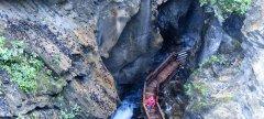 canyon_caves_19.jpg
