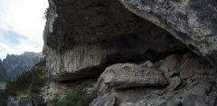 canyon_caves_34.jpg