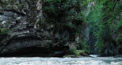 canyon_caves_38.jpg