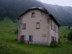 hut_house_009.jpg