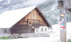 hut_house_043.jpg