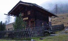 hut_house_056.jpg
