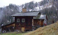 hut_house_064.jpg