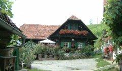 hut_house_080.jpg