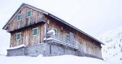 hut_house_084.jpg