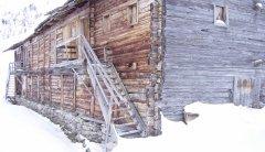 hut_house_086.jpg