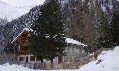 hut_house_091.jpg