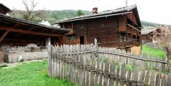 hut_house_097.jpg