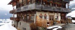 hut_house_150.jpg