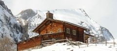 hut_house_155.jpg