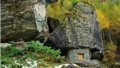 hut_house_167.jpg