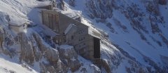hut_house_171.jpg