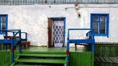 hut_house_187.jpg