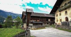 hut_house_192.jpg