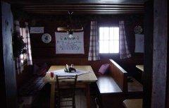 indoor_12.jpg