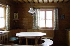 indoor_25.jpg