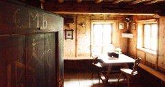 indoor_34.jpg