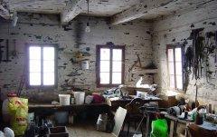 indoor_42.jpg