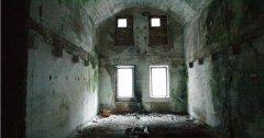 indoor_50.jpg