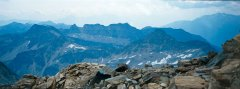 mountains_green_007.jpg