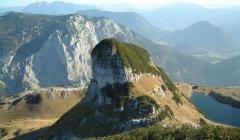 mountains_green_057.jpg
