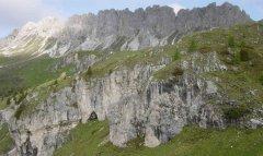 mountains_green_107.jpg
