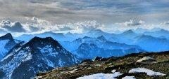 mountains_green_137.jpg