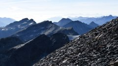 mountains_green_140.jpg