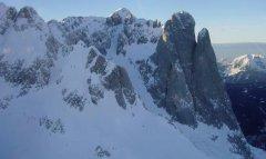 mountains_snow_055.jpg