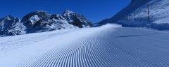 mountains_snow_072.jpg