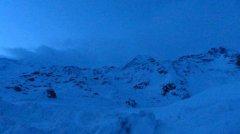 mountains_snow_111.jpg